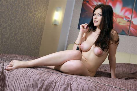 Lesbian webcam shower jpg 1600x1067