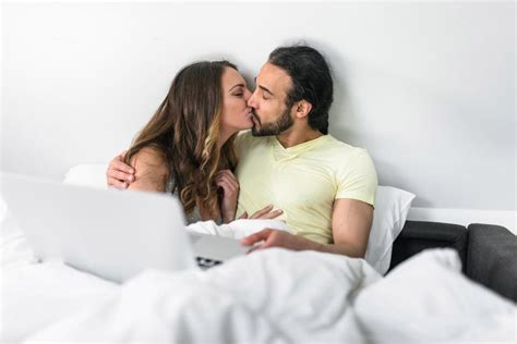 Whats really going on is porn healthy or harmful jpg 960x640